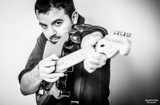 CARU – Chitarra, Percussioni & Voce